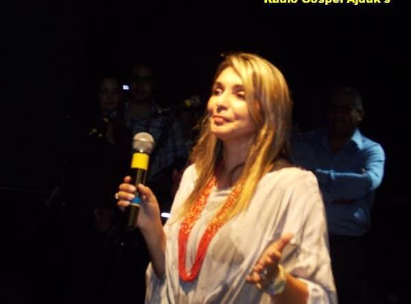 Show Cantora Soraya Moraes em Queiroz SP.